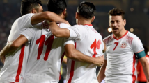 لاعبو منتخبنا الوطني شاهدوا مواجهة الجزائر وغينيا في مقرّ اقامتهم